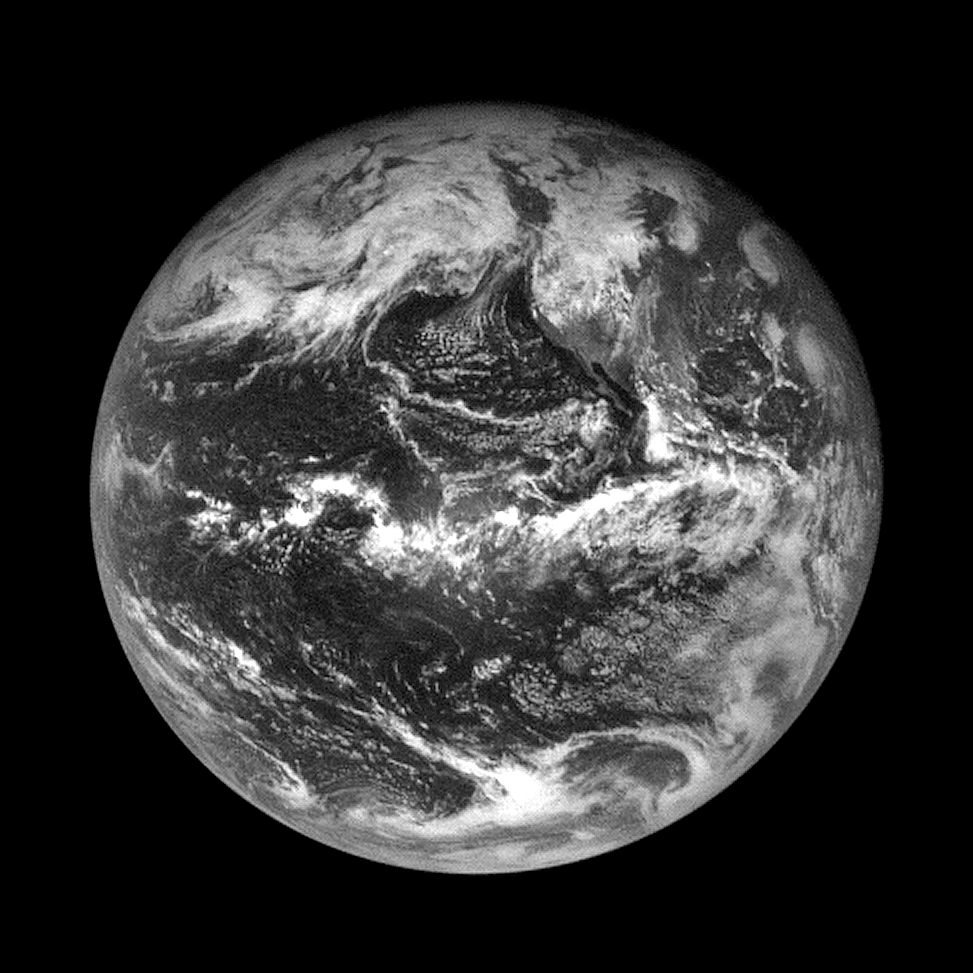 NASA's OSIRIS-REx Snaps Pictures of Earth and the Moon